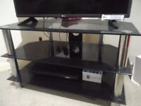 Glass table with 2 shelves