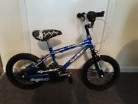boys bicycle in good condition 12 inch wheels bike for 3 -6years old toddler