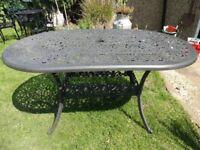 LARGE CAST ALUMINIUM GARDEN TABLE -- 150 x 90 ---