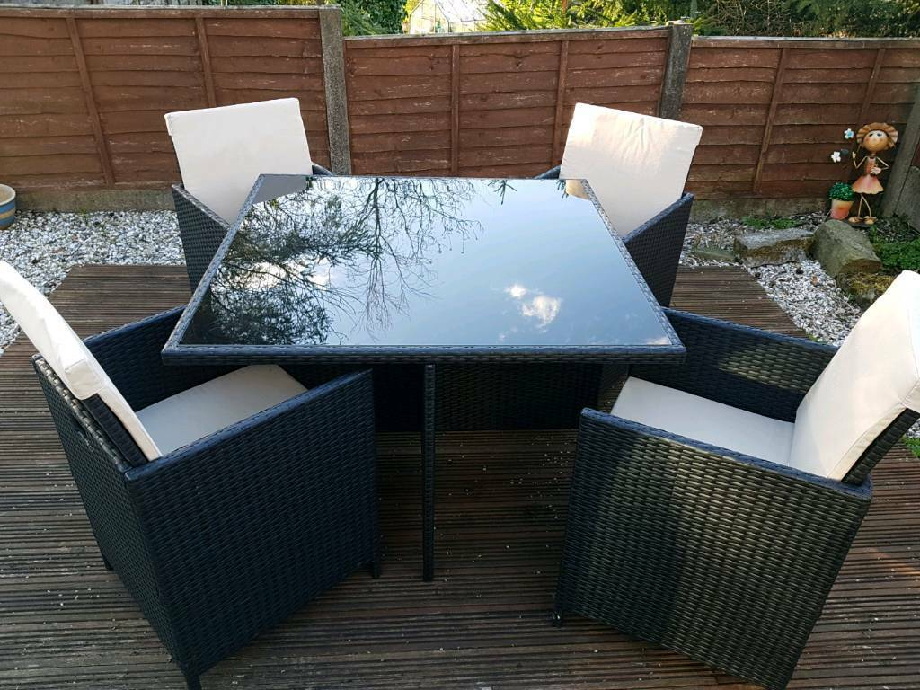 Cube Rattan Effect 4 Seater Garden Furniture Set In