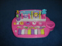 BABIES MUSICAL PIANO