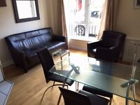 1 bed fully furnished modern top floor apartment / flat to rent Belfast city centre