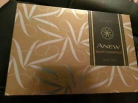 Avon anew beauty gift set