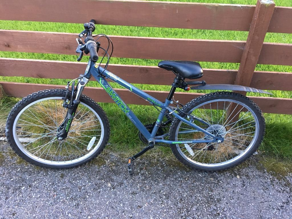 Apollo Switch 18 speed boys mountain bike in excellent condition