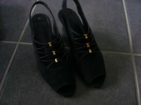 Navy Blue Clarks Shoes Size 5 (Only Worn Twice).