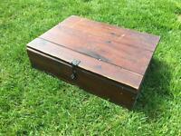 Wooden box & vintage mechano set