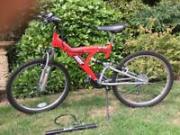 Mountain bike & accessories - good condition ready to go!