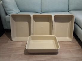 EXTRA LARGE & EXTRA HIGH SIDES CAT LITTER TRAYS £5 EACH. KENNINGTON SE11 5NG LONDON