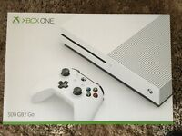 Xbox one s 500gb with unused Fifa 17 code and battlefield 1 pre installed and playable