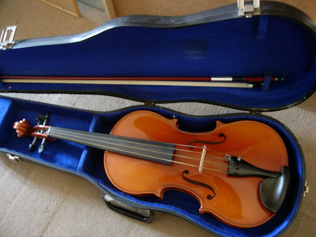 "Andrew Schroetter 15.5"" viola-made in 1990, excellent condtion, nice instrument at bargain price"