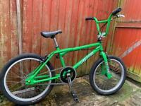 Dyno GT mid school BMX bike