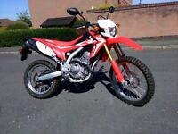Honda CRF250L - Perfect condition - low mileage - Free axle stand and renthal sprokets included