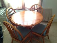 Round pine dining table and 4 chair set