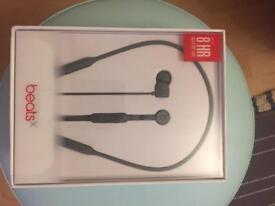 Apple Beats X - Earphones brand new boxed