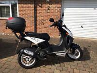 Peugeot Ludix Blaster Moped