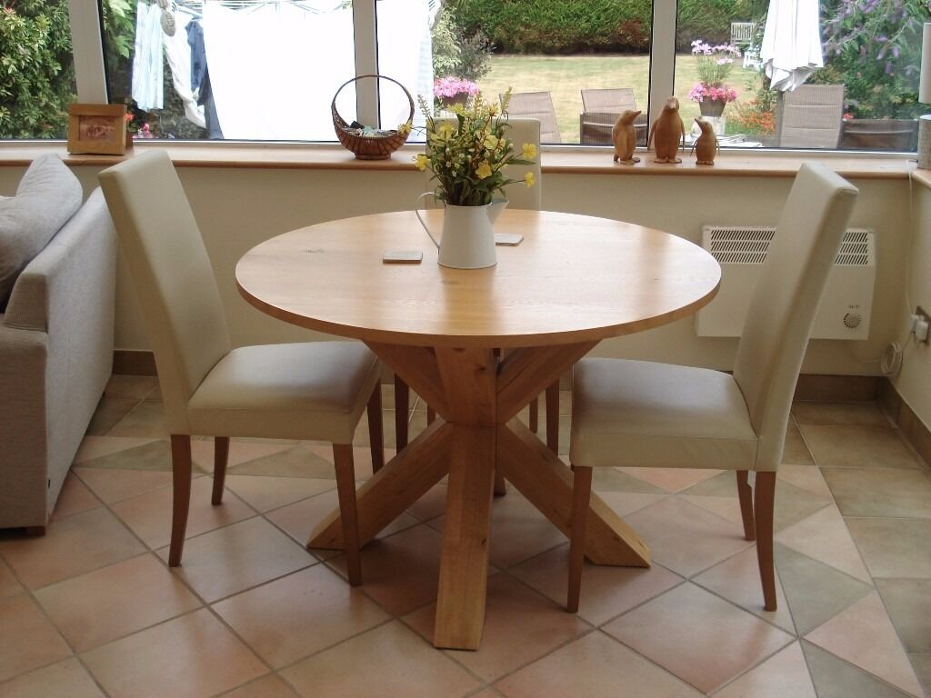 Next Dining Furniture Hudson Round Table Light Oak Superb Condition