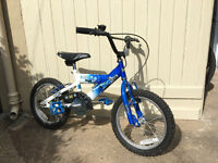 2x young boy's bikes (age 3-7)