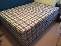 SLUMBERLAND DOUBLE DIVAN BED WITH DRAWERS & MATTRESS