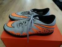 Nike Hypervenom size 9 Mens football trainers