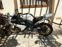 Quick sale Yamaha yzfr 125!