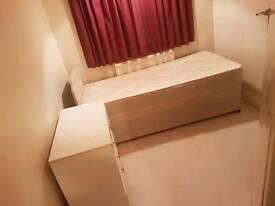 Large Single Room North Harrow all bills included
