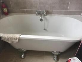 1 year old bathroom suite