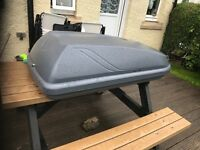 Roof box with roof bars £140