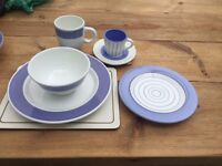 Set of 3 crockery