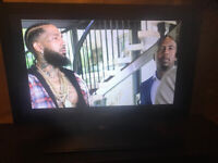 Wow! BUSH 26' BLACK TV Video amazing on this! Clear crisp HD video QUALITY LED TV! inbuilt FREEVIEW