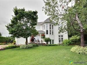 445 000$ - Maison 2 étages à vendre à Chicoutimi Saguenay Saguenay-Lac-Saint-Jean image 1