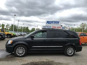 2015 Chrysler Town & Country Touring-Leather