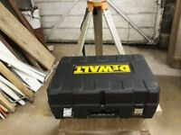 Dewalt DW071KI Vertical/Horizontal Manual Rotary Laser Level