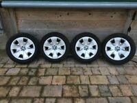 BMW 1 series wheel and tyre set. Set of 4 wheels fitted with Dunlop SP winter sport tyres