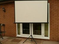 86'' 4:3 Portable Projector Screen with Tripod Stand Pull Down Cinema Black, used once, as new