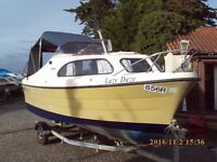 SHETLAND SPEEDWELL WEEKEND CRUISER / FISHING BOAT WITH EVINRUDE 25HP OUTBOARD AND FULL CANOPY