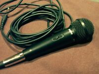 SANYO PROFESSIONAL MICROPHONE. EXCELLENT SOUND QUALITY. STRONG METAL CASING.