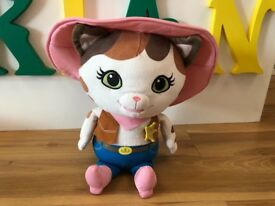 Singing and talking Sheriff Callie