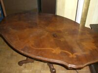 REDUCED ** LARGE OVAL COFFEE TABLE ** 120cm long x 70cm wide ** CLACTON ON SEA