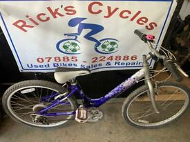 "Raleigh Starz 24"" Wheels Girls Mountain Bike."