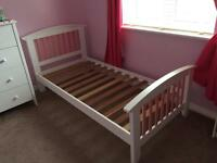 2 girls single beds
