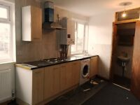 FULLY FURNISHED STUDIO-ALL NEW INSIDE-AVAILABLE TO VIEW ASAP-PEFECT FOR A PROFESSIONAL/STUDENT
