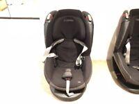 2 maxi cosi Tobi car seats