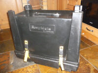 AmpMate by HardCase. Hard Case / Amp Stand for 1x12 or 2x10 amp - with wheels and storage.