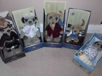 compare the meerkat toys.