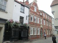 Furnished Rooms in City Centre Flat for working tenants - Hull - £65 per week inc bills allowance