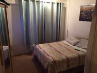 LARGE DOUBLE ROOM NEXT TO SWISS COTTAGE STATION