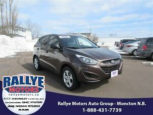 2014 Hyundai Tucson GL! Heated! ONLY 40K! Trade-In! Save!