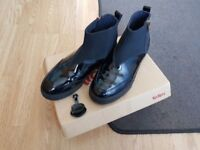 Kickers leather black ankle boots