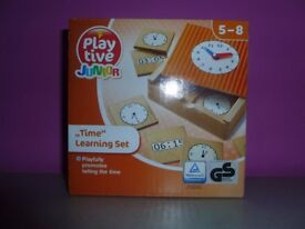 "Wooden Clock ""Time"" Learning set"