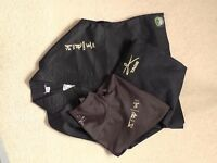 Taekwondo Black Uniform Dobok Gordon Fearn including T Shirt Size 100